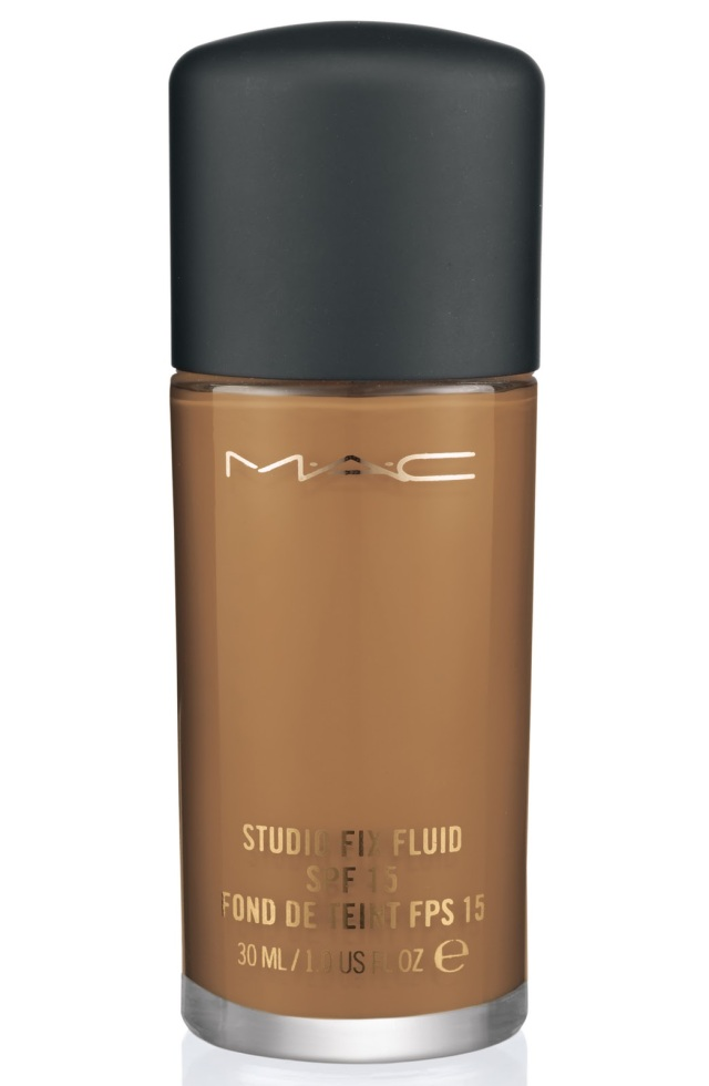 MC-StudioFixFluidSPF15Foundation-NC44.5-300