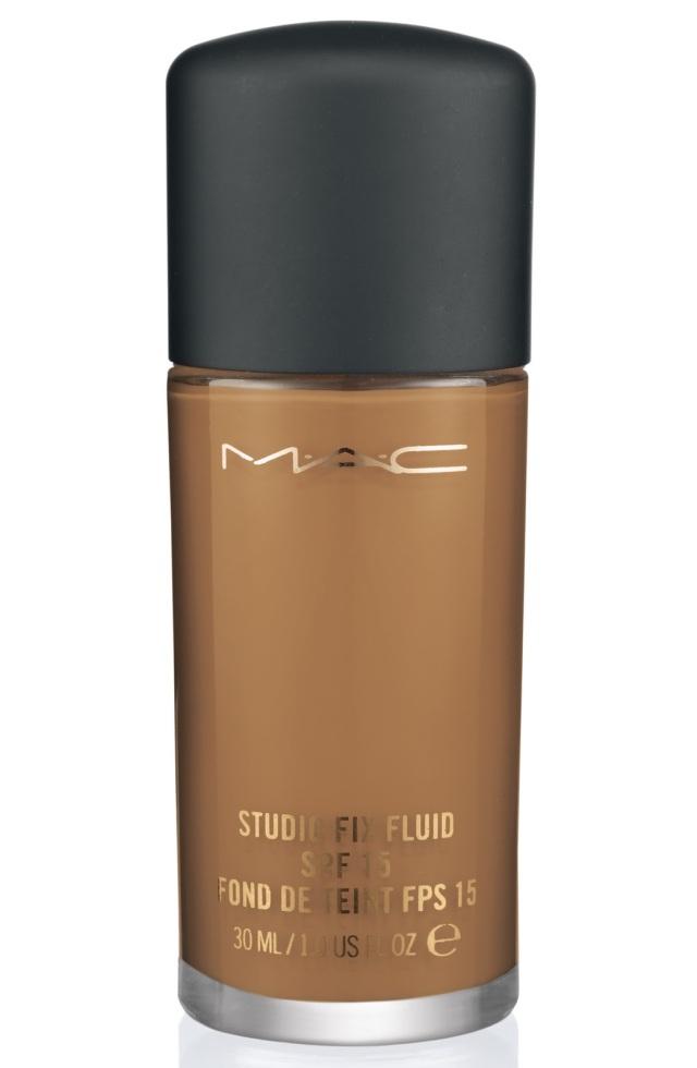 MC-StudioFixFluidSPF15Foundation-NC44.5-300