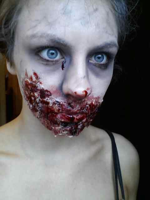 Halloween-Make-Up-Looks-zombie