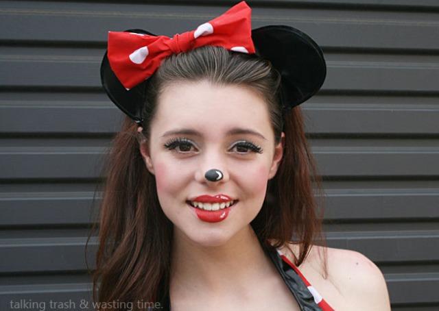 minnie mouse cartoon makeup face diy tutorial 7