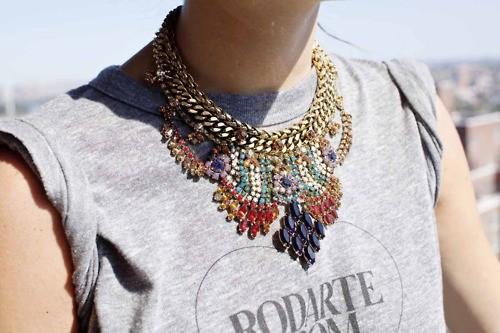 look-t-shirt-e-maxi-colar5