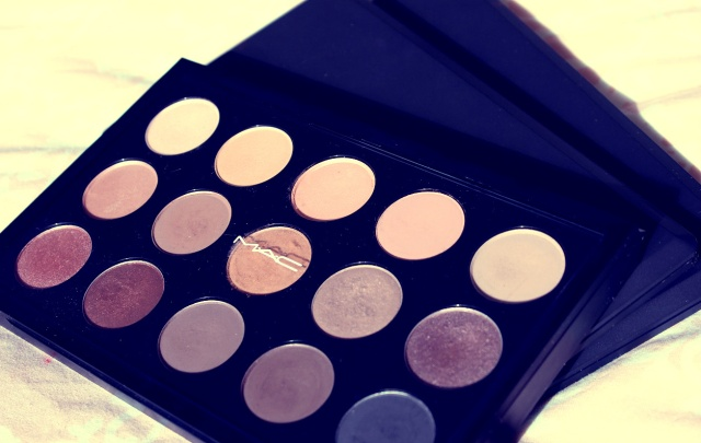 1-mac-eyeshadow-patettes